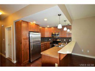 Photo 3: 878 Brock Avenue in VICTORIA: La Langford Proper Townhouse for sale (Langford)  : MLS®# 370068