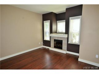 Photo 6: 878 Brock Ave in VICTORIA: La Langford Proper Row/Townhouse for sale (Langford)  : MLS®# 742350
