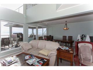 Photo 4: 15373 VICTORIA Avenue: White Rock House for sale (South Surrey White Rock)  : MLS®# R2114967