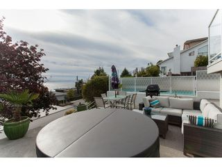 Photo 16: 15373 VICTORIA Avenue: White Rock House for sale (South Surrey White Rock)  : MLS®# R2114967