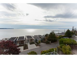 Photo 2: 15373 VICTORIA Avenue: White Rock House for sale (South Surrey White Rock)  : MLS®# R2114967