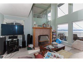 Photo 3: 15373 VICTORIA Avenue: White Rock House for sale (South Surrey White Rock)  : MLS®# R2114967