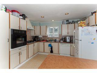 Photo 7: 15373 VICTORIA Avenue: White Rock House for sale (South Surrey White Rock)  : MLS®# R2114967