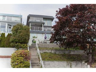 Photo 1: 15373 VICTORIA Avenue: White Rock House for sale (South Surrey White Rock)  : MLS®# R2114967
