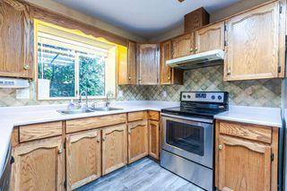 """Photo 8: 9218 158 Street in Surrey: Fleetwood Tynehead House for sale in """"Fleetwood Tynehead"""" : MLS®# R2120306"""