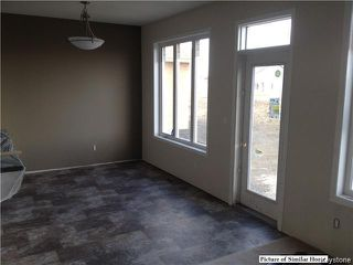 Photo 8: 22 MARRINGHURST Street in Winnipeg: Waverley West Residential for sale (1R)  : MLS®# 1629283