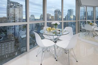 "Photo 11: 1907 1188 HOWE Street in Vancouver: Downtown VW Condo for sale in ""1188 Howe"" (Vancouver West)  : MLS®# R2125945"