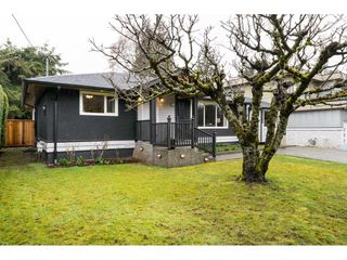 Photo 2: 15737 MCBETH Road in Surrey: King George Corridor House for sale (South Surrey White Rock)  : MLS®# R2146322