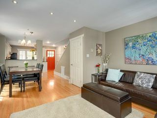 Photo 9: 329 15TH Ave W in Vancouver West: Home for sale : MLS®# V1063168