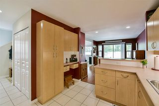 "Photo 5: 21 13918 58 Avenue in Surrey: Panorama Ridge Townhouse for sale in ""Alder Park"" : MLS®# R2162565"