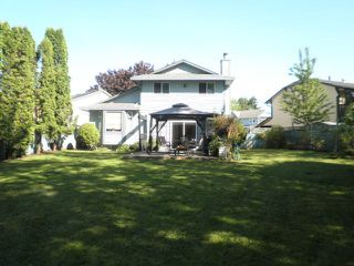 Photo 2: 12533 IZON Court in Maple Ridge: East Central House for sale : MLS®# R2170952