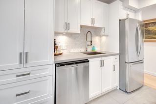 """Photo 9: 2807 ALDER Street in Vancouver: Fairview VW Townhouse for sale in """"Fairview"""" (Vancouver West)  : MLS®# R2179808"""