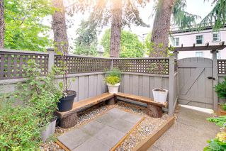"Photo 3: 2807 ALDER Street in Vancouver: Fairview VW Townhouse for sale in ""Fairview"" (Vancouver West)  : MLS®# R2179808"