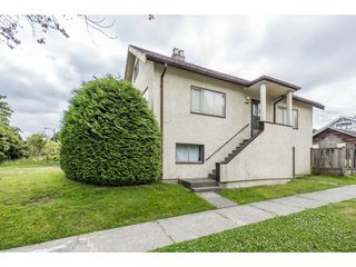 "Photo 1: 3330 MANITOBA Street in Vancouver: Cambie House for sale in ""CAMBIE VILLAGE"" (Vancouver West)  : MLS®# R2183325"