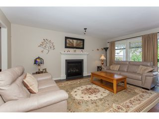 Photo 4: 12134 CHERRYWOOD Drive in Maple Ridge: East Central House for sale : MLS®# R2180782