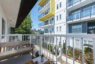 Photo 3: 307 815 FOURTH Avenue in New Westminster: Uptown NW Condo for sale : MLS®# R2183960