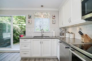"Photo 10: 6673 PRENTER Street in Burnaby: Highgate Townhouse for sale in ""BERKLEY"" (Burnaby South)  : MLS®# R2184756"