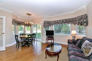 Photo 8: 100 530 Marsett Place in VICTORIA: SW Royal Oak Townhouse for sale (Saanich West)  : MLS®# 381218