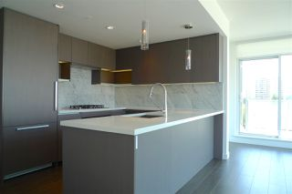 """Photo 5: 1007 6538 NELSON Avenue in Burnaby: Metrotown Condo for sale in """"MET2"""" (Burnaby South)  : MLS®# R2201632"""