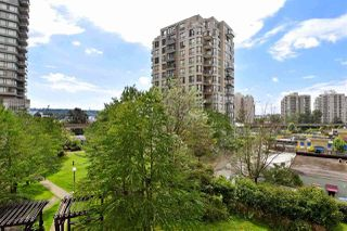 Photo 19: 402 838 AGNES Street in New Westminster: Downtown NW Condo for sale : MLS®# R2221116