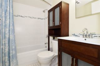 Photo 13: 402 838 AGNES Street in New Westminster: Downtown NW Condo for sale : MLS®# R2221116