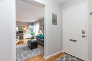 Photo 4: 545 Crossandra Crescent in VICTORIA: SW Tillicum Townhouse for sale (Saanich West)  : MLS®# 387506