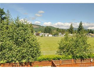 Photo 5: 3256 Willshire Drive in VICTORIA: La Walfred Residential for sale (Langford)  : MLS®# 325400