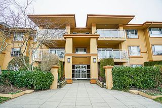 "Photo 3: 208 15155 22 Avenue in Surrey: Sunnyside Park Surrey Condo for sale in ""Villa Pacific"" (South Surrey White Rock)  : MLS®# R2242276"