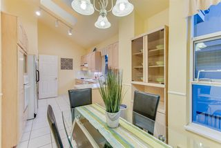 """Photo 9: 309 3760 W 6TH Avenue in Vancouver: Point Grey Condo for sale in """"MAYFAIR HOUSE"""" (Vancouver West)  : MLS®# R2243615"""