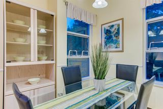 """Photo 10: 309 3760 W 6TH Avenue in Vancouver: Point Grey Condo for sale in """"MAYFAIR HOUSE"""" (Vancouver West)  : MLS®# R2243615"""