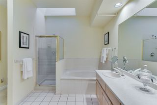 """Photo 13: 309 3760 W 6TH Avenue in Vancouver: Point Grey Condo for sale in """"MAYFAIR HOUSE"""" (Vancouver West)  : MLS®# R2243615"""