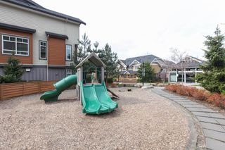 "Photo 19: 9 2979 156 Street in Surrey: Grandview Surrey Townhouse for sale in ""Enclave"" (South Surrey White Rock)  : MLS®# R2253268"