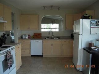 "Photo 4: 5739 NICKERSON Road in Sechelt: Sechelt District House for sale in ""CASCADE"" (Sunshine Coast)  : MLS®# R2259572"