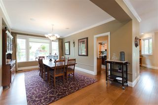 Photo 6: 10380 MCKINNON Crescent in Langley: Fort Langley House for sale : MLS®# R2271402