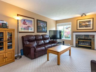 Photo 3: 1307 Ridgemount Dr in COMOX: CV Comox (Town of) House for sale (Comox Valley)  : MLS®# 788695