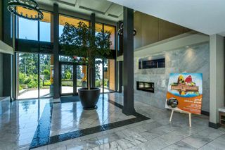 """Photo 4: 512 14855 THRIFT Avenue: White Rock Condo for sale in """"THE ROYCE"""" (South Surrey White Rock)  : MLS®# R2289976"""