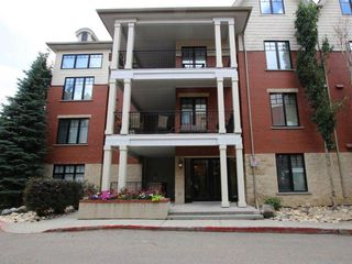 Main Photo: 105 9803 96A Street in Edmonton: Zone 18 Condo for sale : MLS®# E4122723