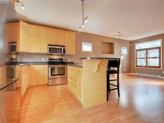 Photo 8: 102 2600 Peatt Rd in VICTORIA: La Langford Proper Row/Townhouse for sale (Langford)  : MLS®# 794862