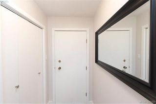 Photo 3: 103 2535 Cadboro Bay Rd in VICTORIA: OB Estevan Condo for sale (Oak Bay)  : MLS®# 796671
