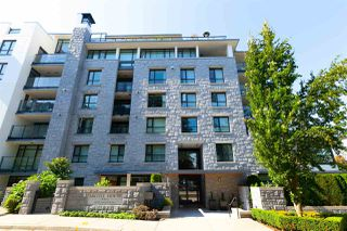 "Photo 2: 409 6018 IONA Drive in Vancouver: University VW Condo for sale in ""ARGYLE HOUSE"" (Vancouver West)  : MLS®# R2303514"