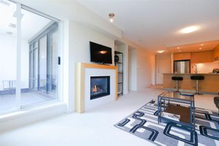 "Photo 8: 409 6018 IONA Drive in Vancouver: University VW Condo for sale in ""ARGYLE HOUSE"" (Vancouver West)  : MLS®# R2303514"