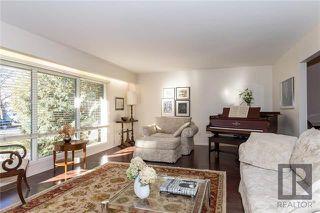 Photo 2: 53 Devonport Boulevard in Winnipeg: Tuxedo Residential for sale (1E)  : MLS®# 1827458