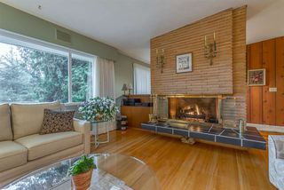 Photo 4: 734 E ST. JAMES Road in North Vancouver: Princess Park House for sale : MLS®# R2320816