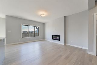 Photo 2: 1511 AINSLIE Place in Edmonton: Zone 56 House for sale : MLS®# E4136661