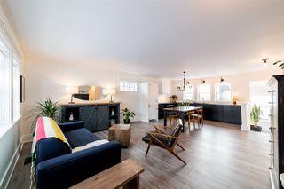 Photo 3: 8928 146 Street in Edmonton: Zone 10 House for sale : MLS®# E4143096