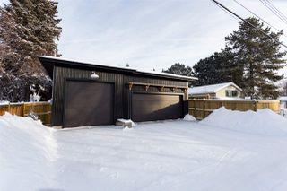 Photo 2: 8928 146 Street in Edmonton: Zone 10 House for sale : MLS®# E4143096
