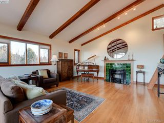 Photo 18: 2919 Mt. Baker View Road in VICTORIA: SE Ten Mile Point Single Family Detached for sale (Saanich East)  : MLS®# 406324