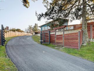 Photo 34: 2919 Mt. Baker View Road in VICTORIA: SE Ten Mile Point Single Family Detached for sale (Saanich East)  : MLS®# 406324