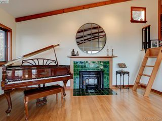 Photo 19: 2919 Mt. Baker View Road in VICTORIA: SE Ten Mile Point Single Family Detached for sale (Saanich East)  : MLS®# 406324