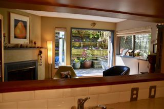 """Photo 11: 102 1665 ARBUTUS Street in Vancouver: Kitsilano Condo for sale in """"THE BEACHES"""" (Vancouver West)  : MLS®# R2353969"""